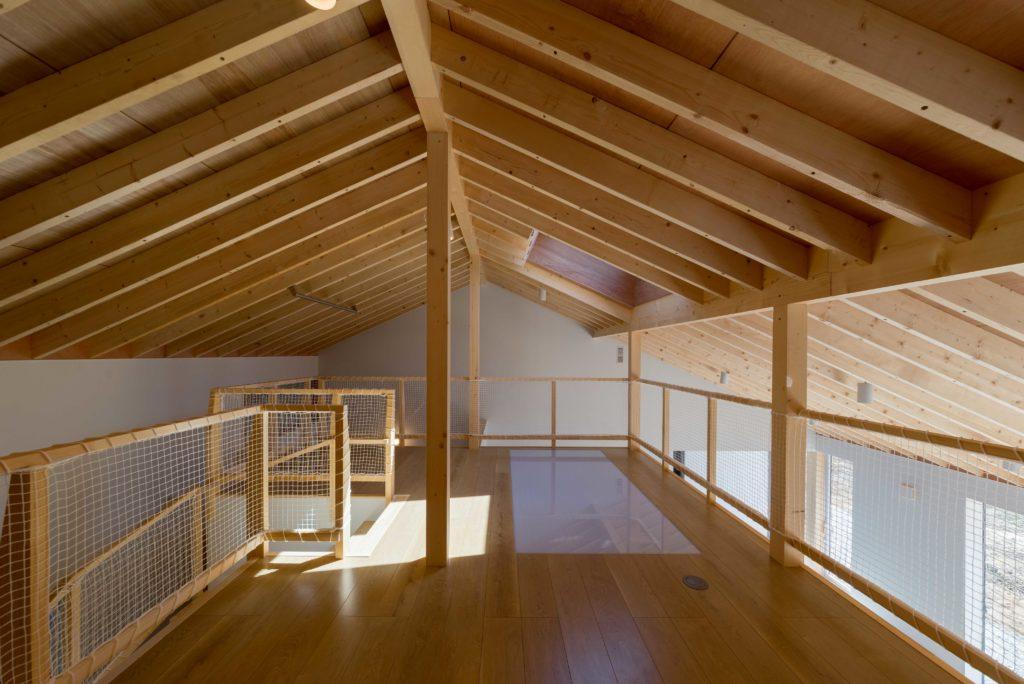 垂木表しの小屋裏