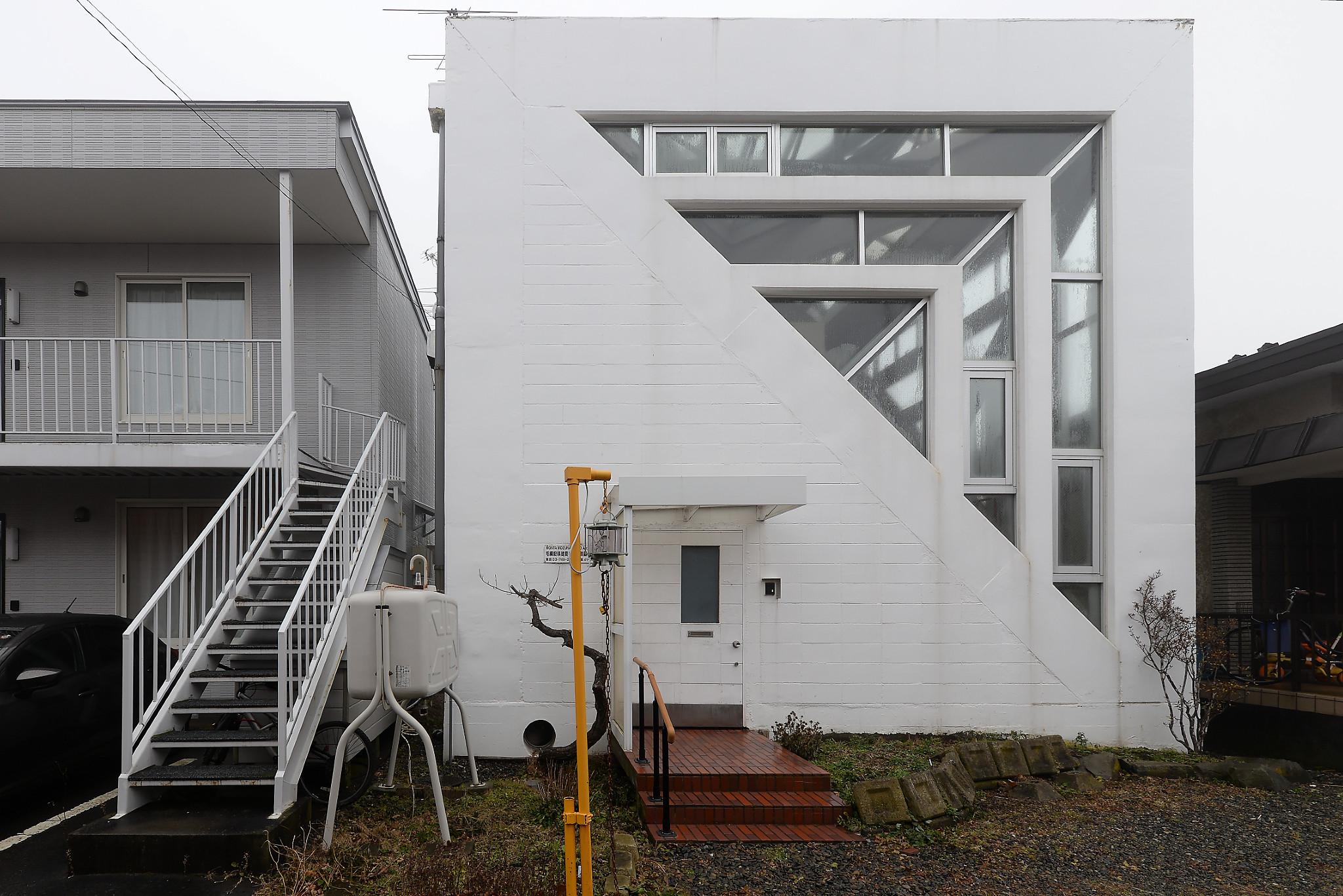 釧路 建築家 毛綱毅曠設計半住器